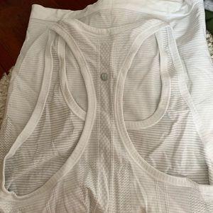 Tops - Lululemon white swifty tech size 8 tank top